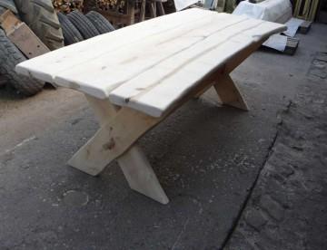 stol-drewniany